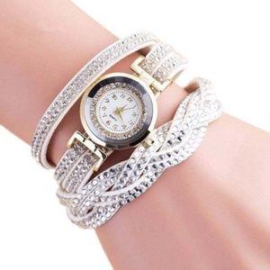 New Women's Casual Wristwatch White